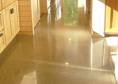 How-to-Make-Cement-Floor-Shiny